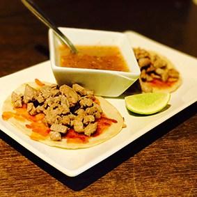 tacos de bistec con queso la fondue mexicana